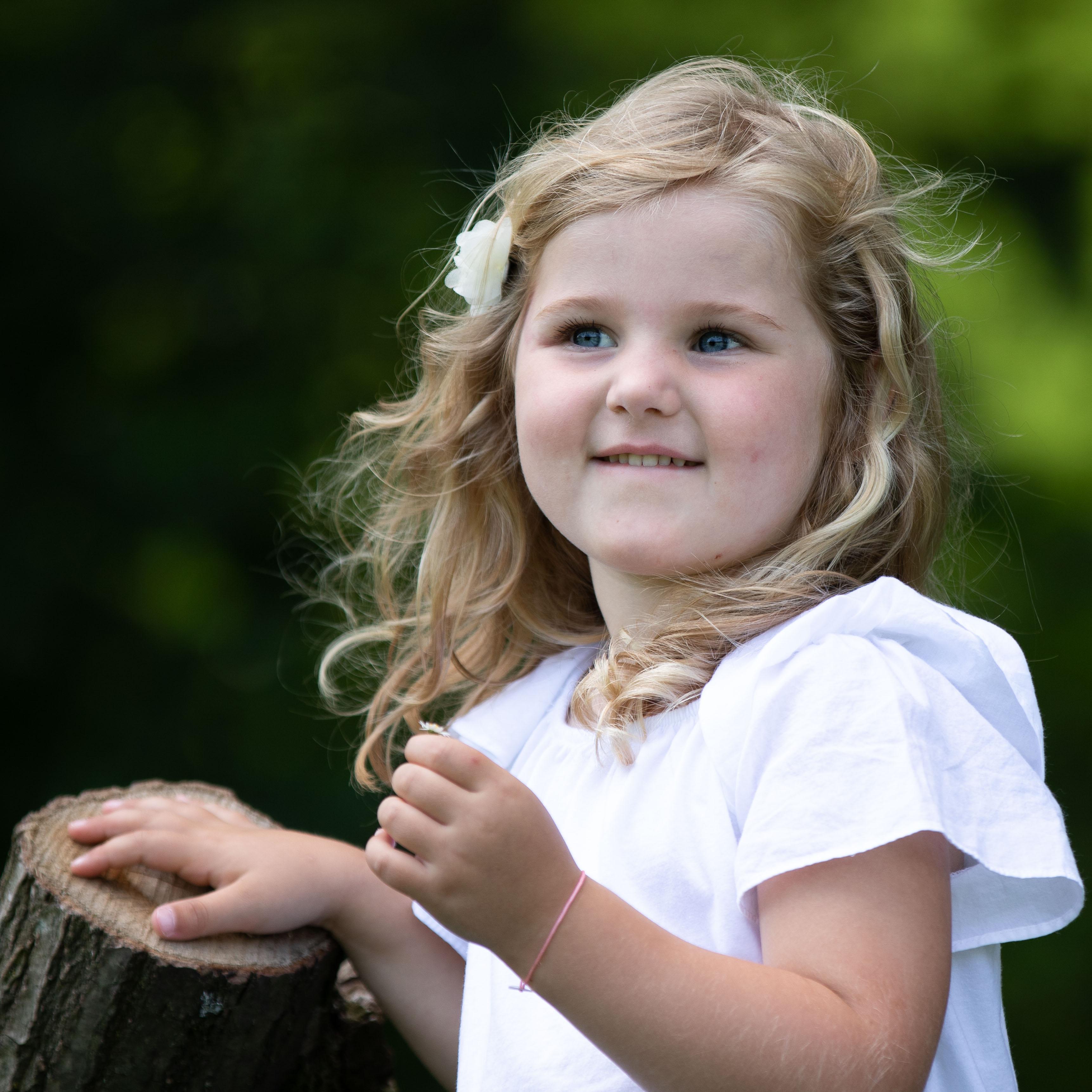Marleen Verheul Fotografie, Kinderfotografie, meisje in het park